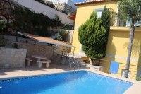 piscina y terraza
